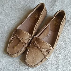 NWOT Vince Camuto Paula Loafers
